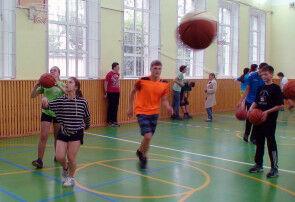 12-06 баскетбол 13