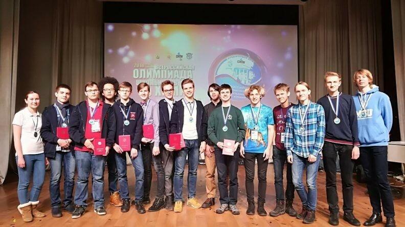 Поздравляем победителей и призеров Всероссийской олимпиады школьников по химии!