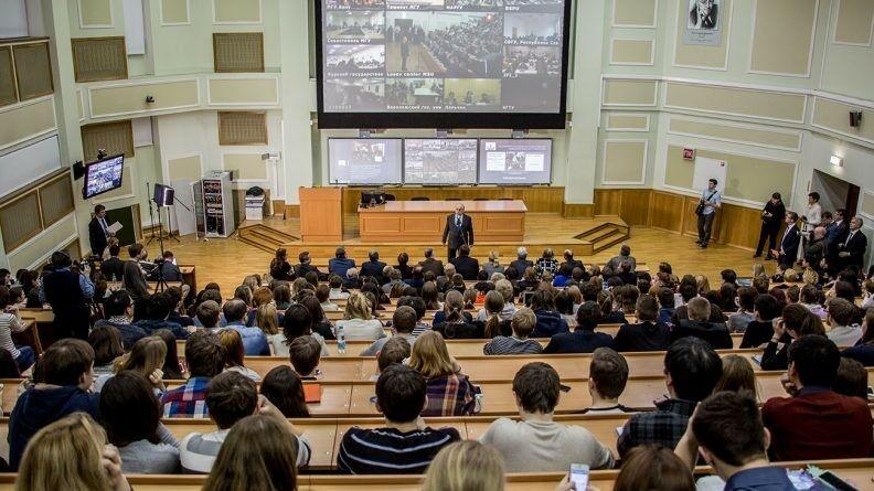 В.А. Садовничий встретится с выпускниками университетских школ — первокурсниками Московского университета