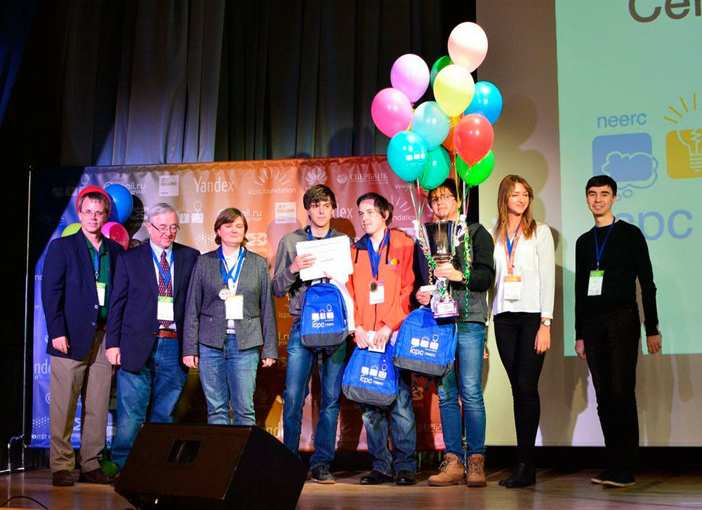 Выпускники СУНЦ МГУ — победители полуфинала Чемпионата мира по программированию