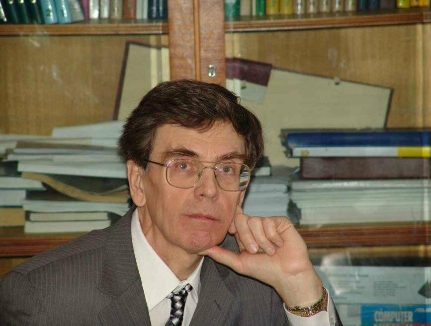 Доклад А.Т. Фоменко «Мехмат МГУ – это современная математика, механика и актуальные приложения»