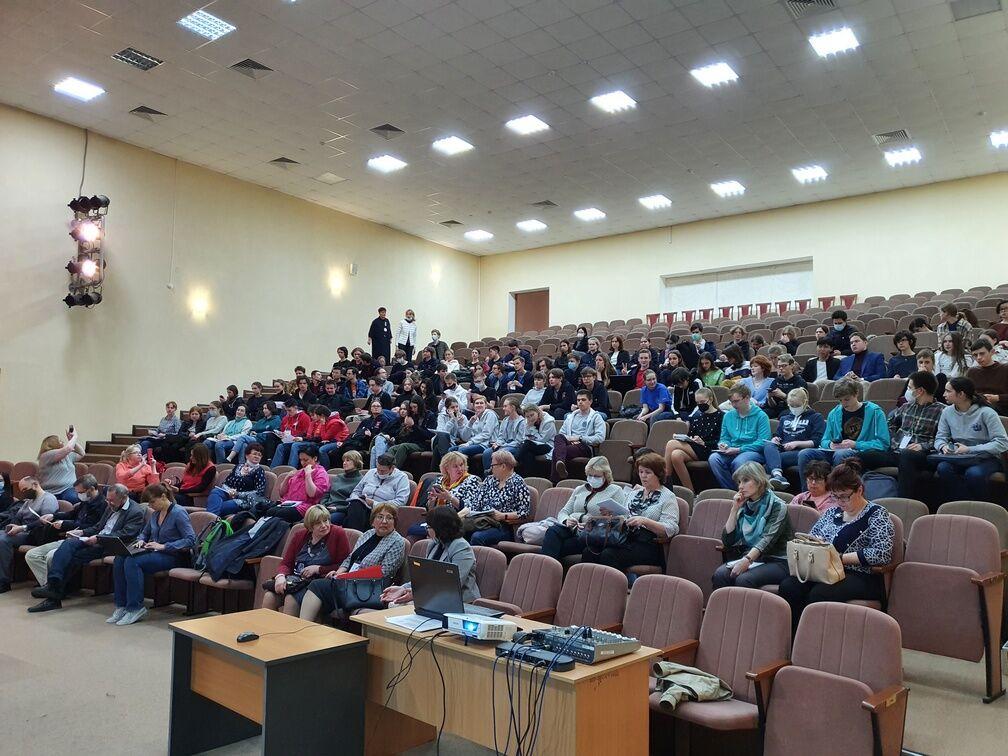 Поздравляем учащихся СУНЦ МГУ с успешным выступлением на Всероссийской олимпиаде школьников по биологии!